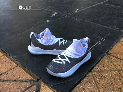 Giày bóng rổ Curry 5 Welcome Home - White